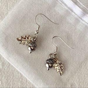 ⭐️ NEW ⭐️ Silver Acorn and Oak Leaf Earrings